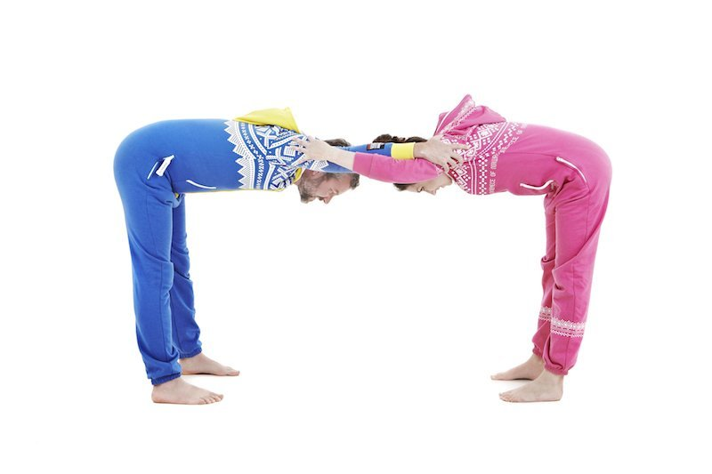 A Row To Make Corridor Walk In Through One Partner At Time And Joining On Into The Posture End
